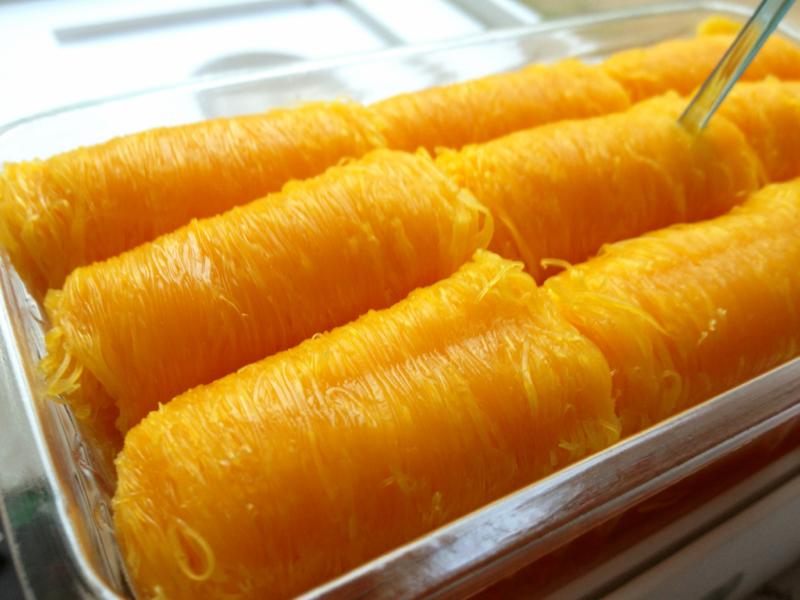 Thai dessert - Foy thong